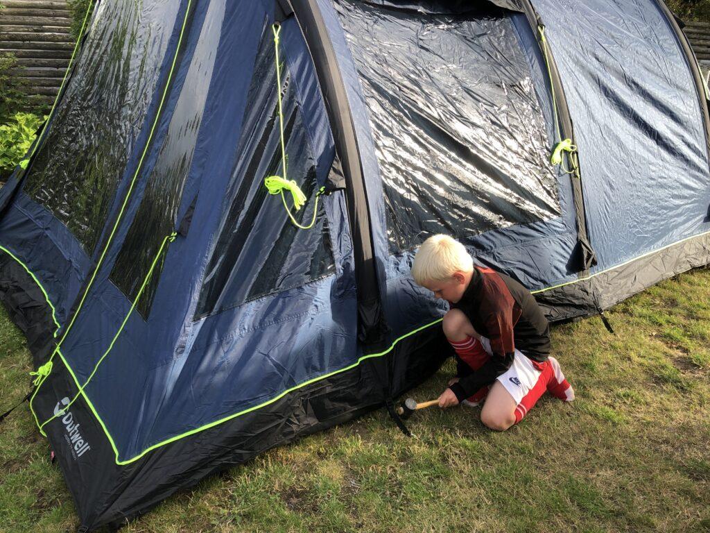 På telttur med børn