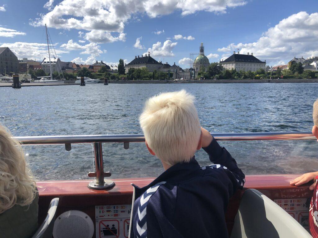 Kanalrundfart i København for børn