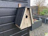 Fuglekasse i haven (Foto: Ferieogborn.dk)