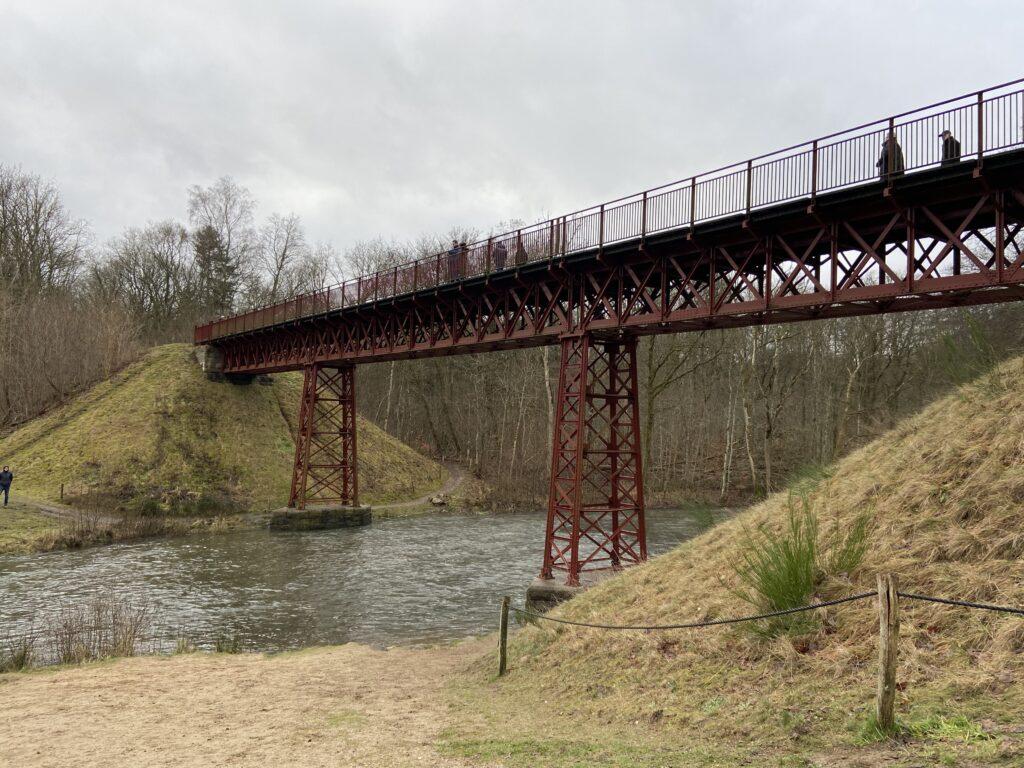 Den Genfundne Bro ved Vestbirk (Foto: Ferieogborn.dk)