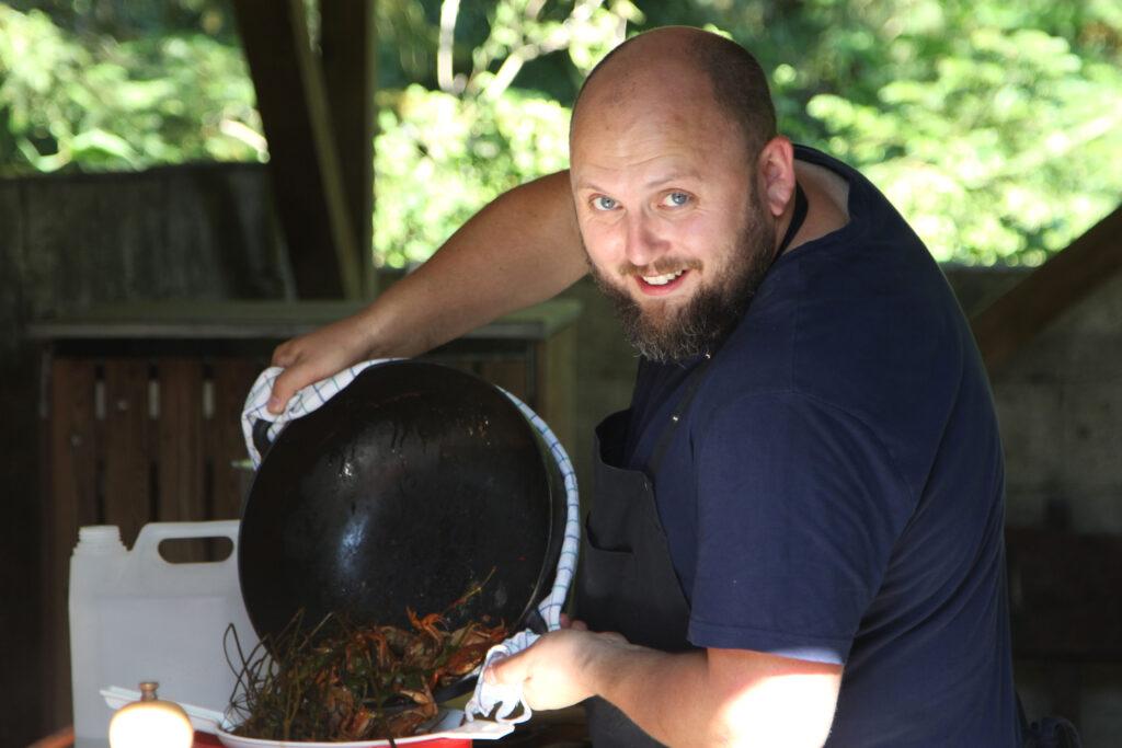 Bæredygtig madlavning i Vilgurd Camp (Foto: Vilgurd Camp)