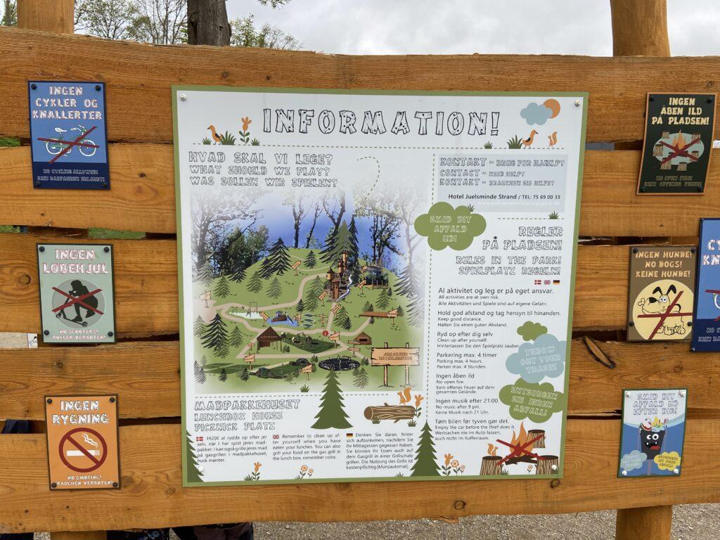 Information om Naturlegepladsen Juelsminde (Foto: Ferieogborn.dk)