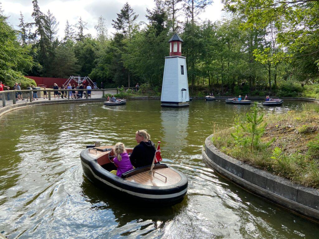 Sejlbådene i Fårup Sommerland (Foto: Ferieogborn.dk)